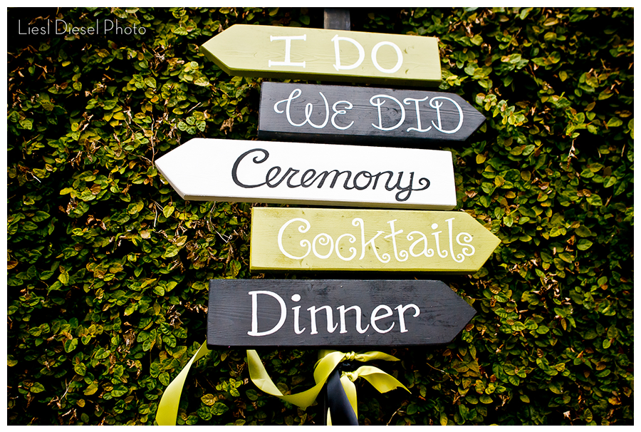 reception sign green grey color theme