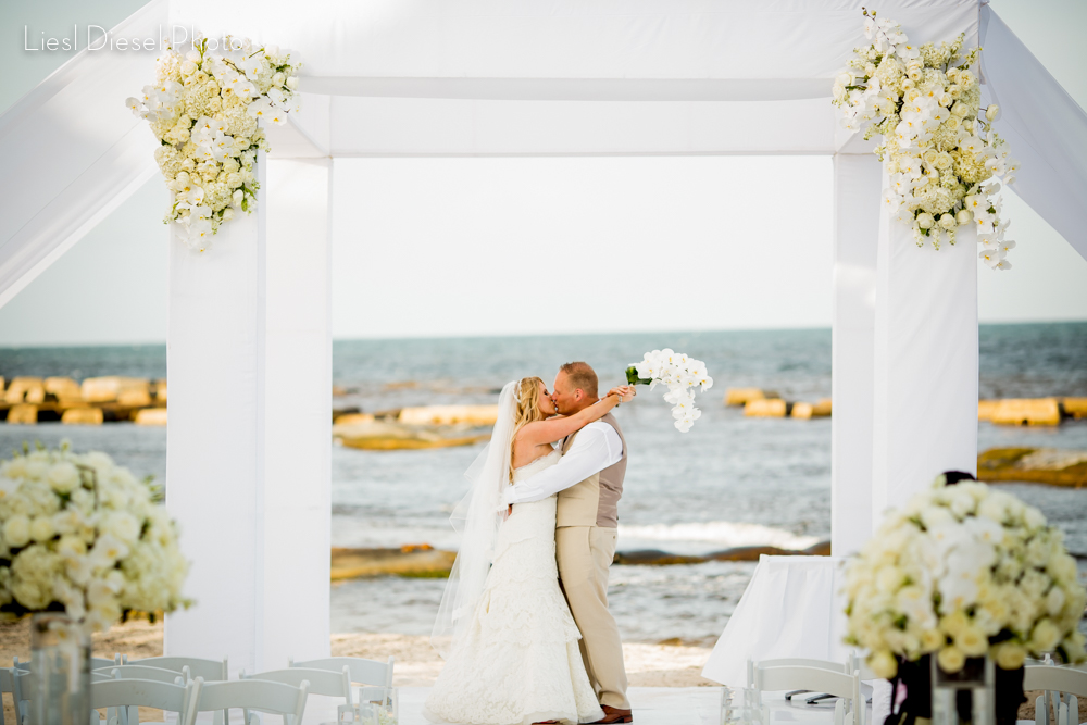 Mexico seaside destination wedding portrait by liesl diesel photo